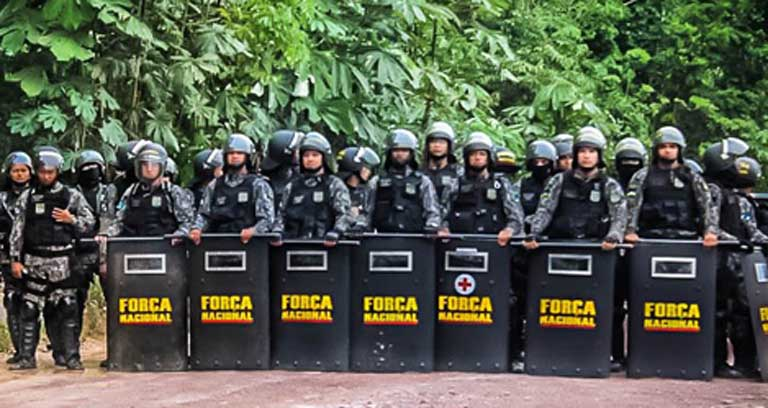 National Force police, flown in by the Temer government to protect the Amazon dam, and to block the Munduruku